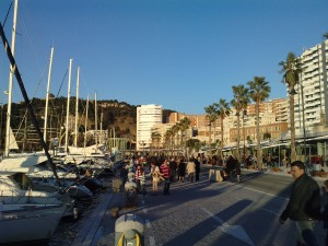 Muelle Uno: Shops and boats!