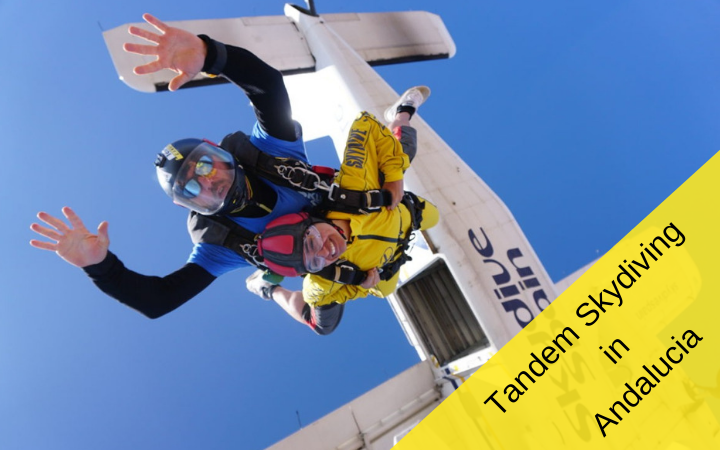 Tandem skydiving in Andalucia